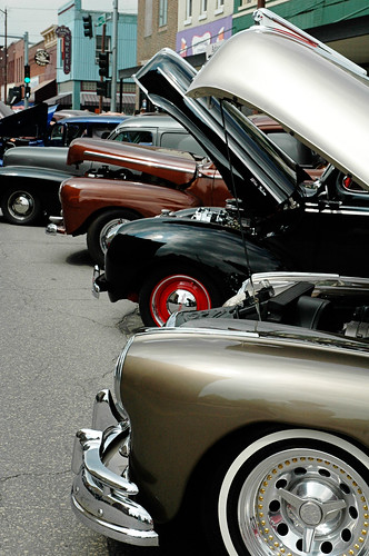 Row of neutral street rods