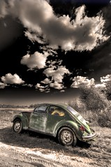 For Sale (EXPLORED) (Insight Imaging: John A Ryan Photography) Tags: blackandwhite toronto ontario colour car toned lavigne nipissing nikond300 wwwinsightimagingca johnaryanphotography