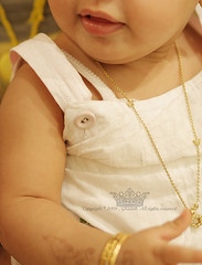 ":     (Q333"" ) Tags: girl gold saudi"