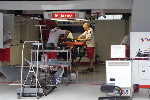 TOYOTA Pit Garage