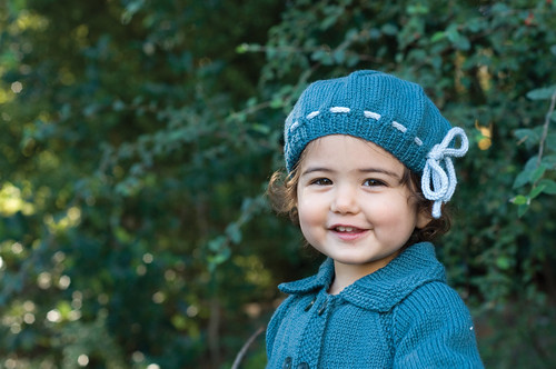 Knitted Beret Pattern Toddler : shescrafty handknits: Free Girls Petite Beret Pattern