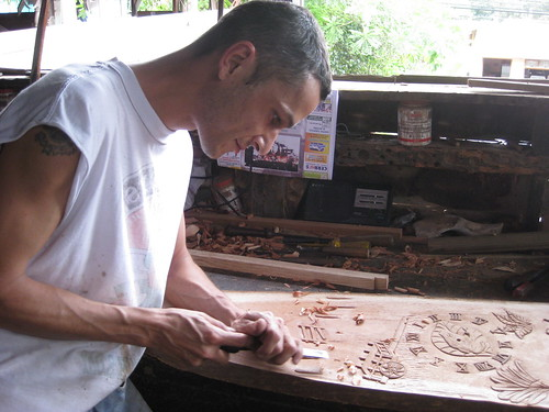 Artisan at Alfaro Factory in Sarchí, Costa Rica (ashabot) Tags: costarica artisans tropics sarchí alfarofactory