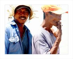 Fisherman on the beach . (Franc Le Blanc .) Tags: portrait bali hot beach indonesia fisherman very smoking pantai jimbaran kretek