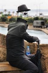 invisible man (Cani Mancebo) Tags: españa white man hat glasses spain invisible negro gafas sombrero baleares palmademallorca robado canimancebo