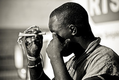 bone&sand_Portrait (lilion (Beatrix Jourdan)) Tags: hl portrait africa senegal dakar laamb senegalesewrestling luttesngalaise africanspirit traditionalsport traditions man face hand bone magicbone blackwhite ennoiretblanc pentaxk10d lilion tsok jmeszolybeatrix modoulo toubaboudior ballagaye yakhyadiop ykini lacdeguiers2 papeansouciss thionkesyl batlingsiki abdoulayediouf lionsdelateranga lacdeguiersii boyniang2 parcelles gudiawaye taphatine elton cheikhfall eumeusene dembagueye pakala boynaar mbayegueye acambeur zalel beatrixjourdan