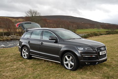 Audi Q7 (Ewan MacLeod) Tags: cars river scotland countryside nikon 4x4 country vehicles german a4 audi quattro q7 d80 audimotorcarspool