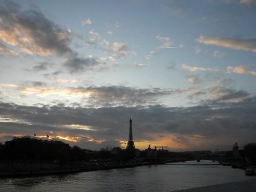 la tour eiffel from pont de la concorde