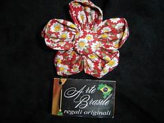 Immagine 207 (anadenise) Tags: flores broche fuxico tictac tecido aplicaao botoforrado