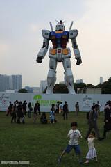 GUNDAM 1/1 Odaiba Tokyo [ EXPLORED ] (dzpixel) Tags: green japan kids tokyo robot funny young awsome iland odaiba daiba monorail gundam mecha geat dz childrend samlam dzpixel tokyo2012