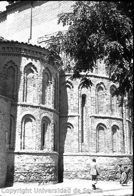 Iglesia de Santiago del Arrabal el 24-8-1935. Foto Antonio Sancho. Fototeca de la Universidad de Sevilla