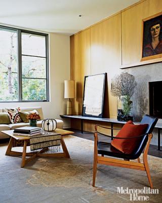 Mid-century modern living room: Heywood Wakefield + Benjamin Moore 'Seed Pearl,' from Met Home