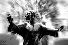 jesus christ ... superstar (photos4dreams) Tags: light italy sculpture milan grave christ milano cemetary jesus tomb tombstone superstar mailand photos4dreams photos4dreamz p4d