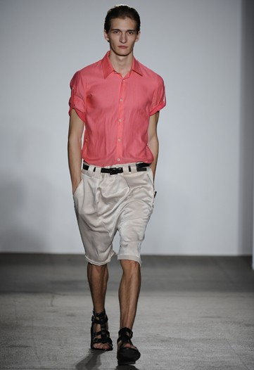 Matvey Lykov3051_SS10_NY_General Idea(WWD.com)