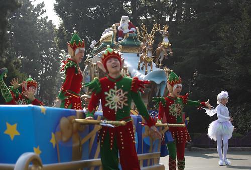 ホワイトホリデーパレード