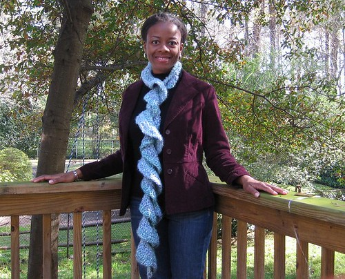 Basic Crochet Stitches: Beginner Ruffled Scarf Pattern — Tip Junkie