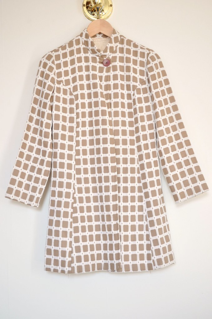 vintage 3/4 sleeve coat