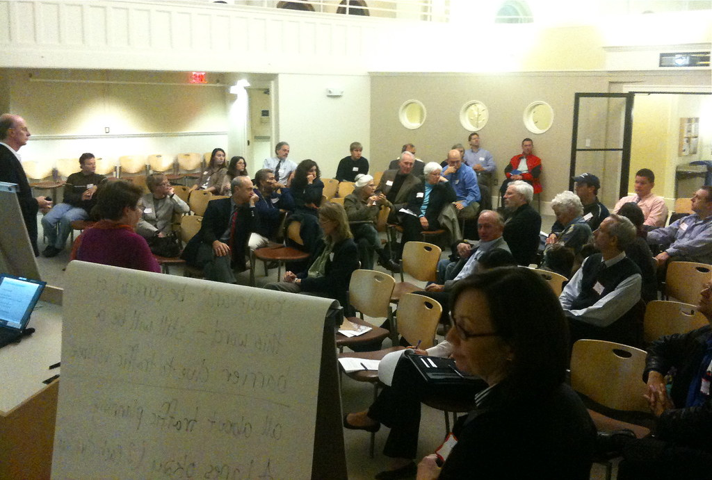Public workshop on I-84 through Hartford. Photo © H Brandon