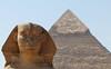La Gran Esfinge de Giza y Pirámide de Kefrén (rsaezn) Tags: sphinx pyramid esfinge egypt egipto piramides giza piramide gizapyramids أبوالهول piramidesdegiza thegreatsphinxofgiza