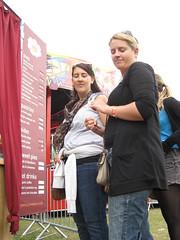 Lovebox Weekender (russelljsmith) Tags: park uk friends england music london fleur festival standing fun hotel concert victoriapark europe gig drinks drunks 2009 enjoyment lovebox loveboxweekender 77285mm loveboxweekender2009 lovebox2009 lastfm:event=861454