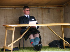 Happy Judge (DonaldUist) Tags: south games judge piping uist southuist askernish