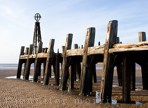 Old pier 4