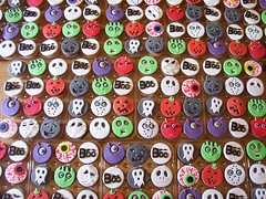 School Halloween cup cakes (Pagancakegirl) Tags: cute halloween cakes cup monster cake kids cat pumpkin skull cupcakes scary zombie ghost alien boo novelty eyeball aurora devil mummy dawns sugarpaste wwwauroracakescom