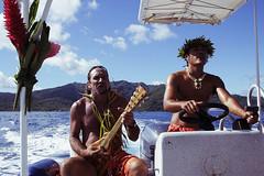 011 (thi.g) Tags: 2005 travel canon french eos polynesia paradise 300d ukulele cruises thig polyphonic dinghy borabora islanders choire thilogierschner