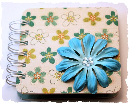 Blue Floral Post It Holder