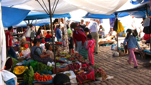 pisac market 2.jpg