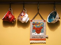 Linen Partridge Hanging (PatchworkPottery) Tags: bird quilt handmade linen embroidery sewing crafts mini teacups patchwork applique partridge zakka wallhanging