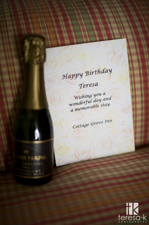 Cottage Grove Inn romantic weekend getaway, Teresa K photography