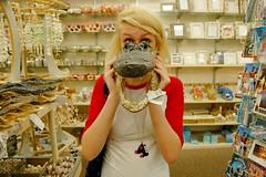 gator face (Kel-c Gillette) Tags: jessica touristshop gatorhead creeeeeeepy