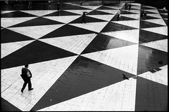 Like a chess player. (flevia) Tags: bw analog blackwhite sweden stockholm chess baltic bn sergelstorg nophotoshop stoccolma biancoenero nikonfa foma svezia hotorget analogico fomapan nikkor35mmf2 scannednegatives fomapan400 epsonv700 thebaltics autaut epsonperfectionv700photo flevia wsawof imanalog likeachessplayer
