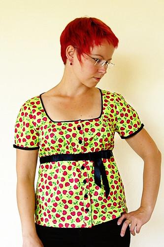 Cherry blouse aka Bluse des Grauens