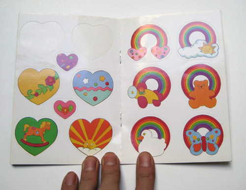 sticker_rainbowbook
