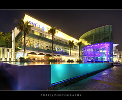 ONE15 Marina Club, Sentosa, Singapore :: HDR (:: Artie | Photography ::) Tags: light reflection wet pool club night photoshop canon lights singapore waterfront cs2 tripod lounge wideangle swimmingpool 1020mm sentosa gym hdr gymnasium artie 3xp yatchclub marinaclub sigmalens photomatix tonemapping tonemap 400d rebelxti one15 greatshotartie