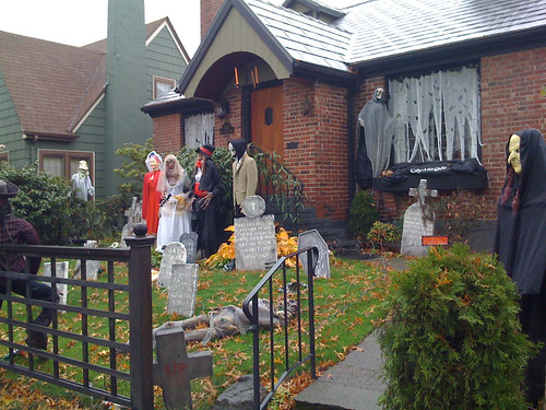 Halloween decorations 4