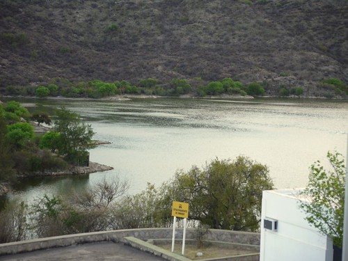 El dique (by morrissey)