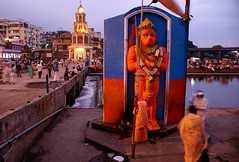 Hanuman (Shrimaitreya) Tags: orange india colors god dusk religion hanuman maharashtra hindu hinduism sadhu nasik ghat nashik maruti sannyasin top20india renunciant