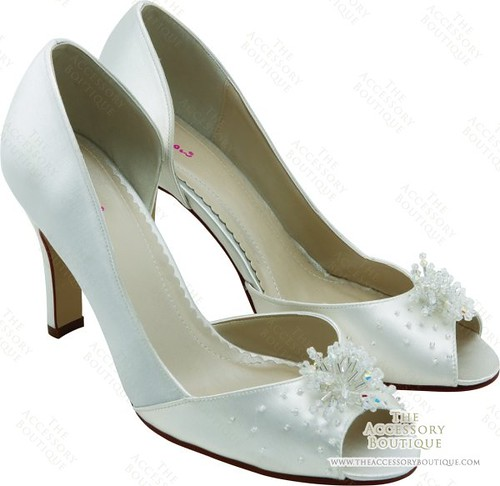 Elegant wedding shoes.