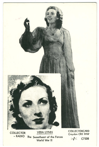 LYNN, Vera_Collector Postcard. C7538.  Collector Radio. The Sweetheart of the Forces World War II