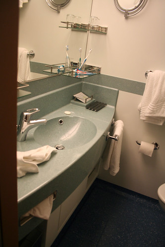 Sink Area (Cabin 1101, Carnival Splendor)