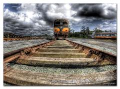 Last Train Home, Ireland (Photo Boet) Tags: ireland photo nikon tokina photographs 2009 hdr boet d300 3xp photomatix tonemapped 1017mm tokina1017mm hdrboet photoboet tokinaatx107afdx nikond300 boetonline boetonlinenl boetonlinehdr