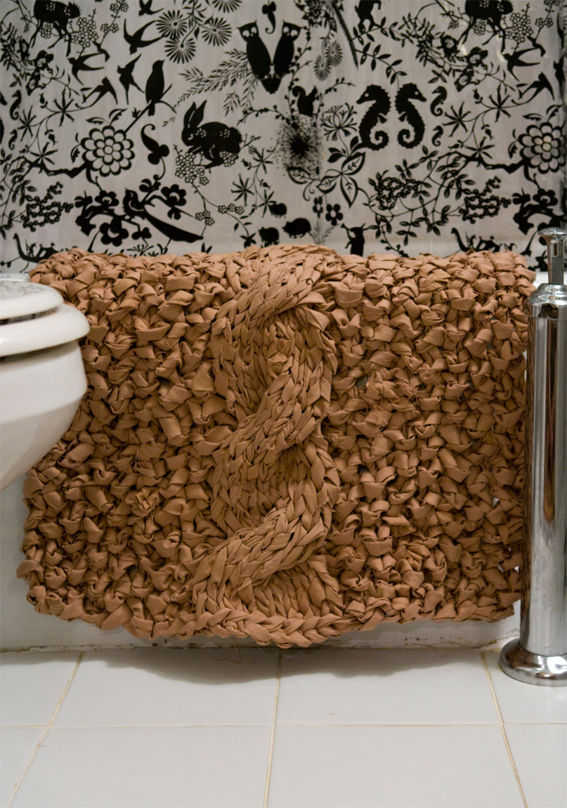 knit rag bathmat tutorial out of old sheets pattern