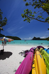 Beach - Koh Phi Phi Don Island (Thailand) (DolliaSH) Tags: trip travel blue sea summer vacation sky sun white holiday hot color tourism beach water colors swimming swim fun thailand boats island photography photo sand asia southeastasia tour place photos bangkok kingdom tailandia wideangle visit location tourist thalande explore journey thai tropical destination traveling visiting siam fareast ultrawide thailandia 1022mm touring 1022 tailand gulfofthailand kophiphidon explored thaimaa thajsko constitutionalmonarchy southeasternasia canoneos50d dollia dollias sheombar subregionofasia