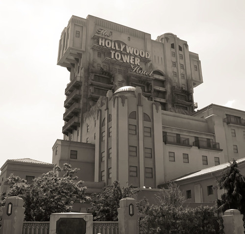 Hollywood Tower Hotel, 1939 - DIsneyland Paris