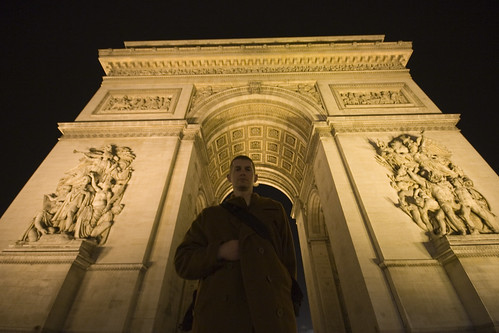 Chris Elyea at the Arc de Triomphe in Paris