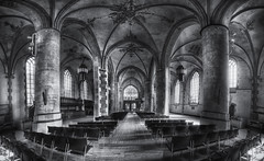 The Church of Martini (Guido Musch) Tags: blackandwhite panorama church netherlands nikon zwartwit nederland wideangle groningen stitched kerk hdr martinikerk sigma1020 d40 guidomusch