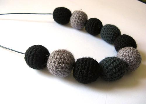 dark chrochet beads ;)