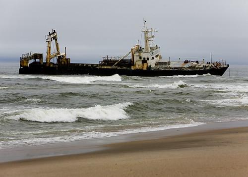 Skeleton Coast Ship スケルトンコースト(骸骨海岸)